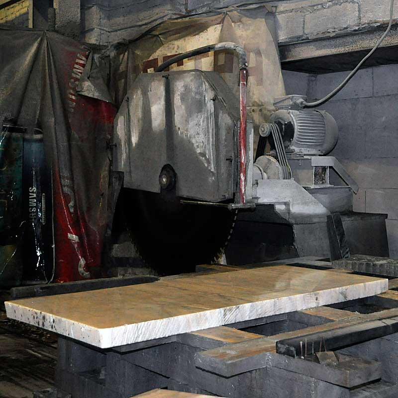 Цена на памятники в новосибирске и что памятники фото с кладбища фильм
